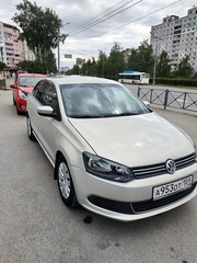 Volkswagen Polo 2011 года 1, 6 АТ.